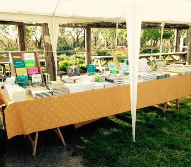 Espace libraire avec Actes Sud
