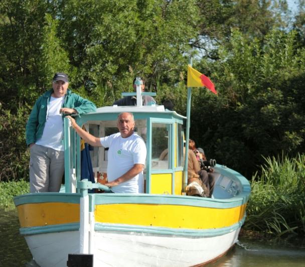 En bateau de Port Saint Louis du Rhône aux Marais du Vigueirat